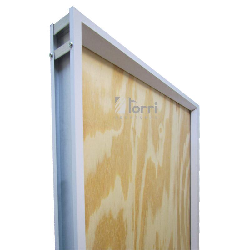Puerta placa Pino marco aluminio blanco de 070×200 – Aberturas Torri
