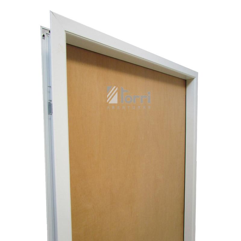Puerta placa Oblak Cedro de 080 marco aluminio blanco – Aberturas Torri